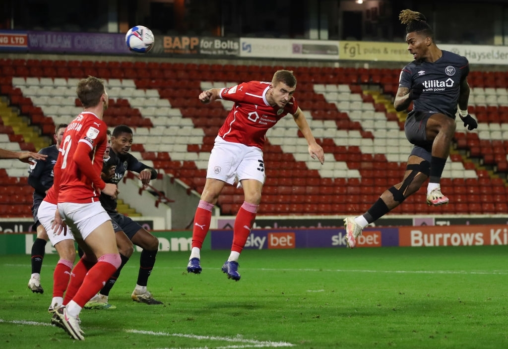 Jersey no.17 for Brentford, Ivan Toney scores a goal in top corner in the second half at the 66th minute.