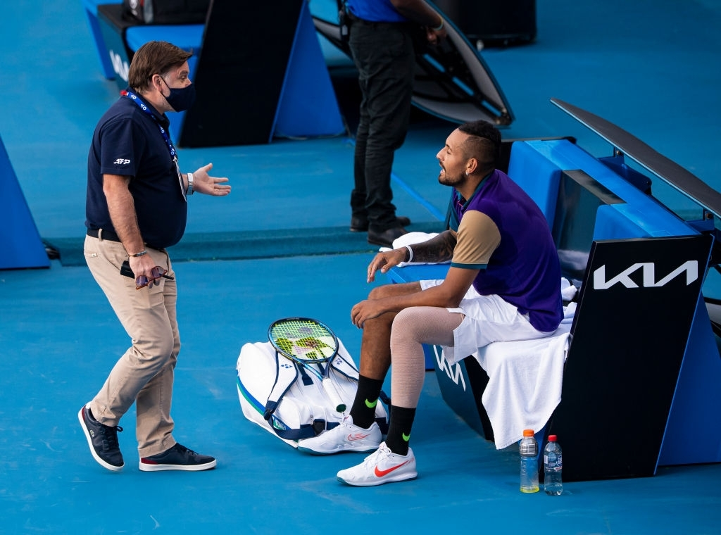 Nick Kyrgios refused to play for the time violation foul.