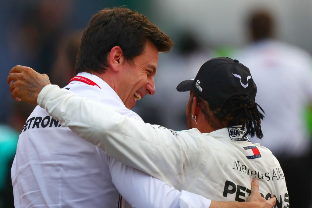 Tot Wolff claims Lewis Hamilton and Mercedes shares a strong bond, thus Hamilton will end his career with Mercedes. (Photo by Dan Istitene/Getty Images)