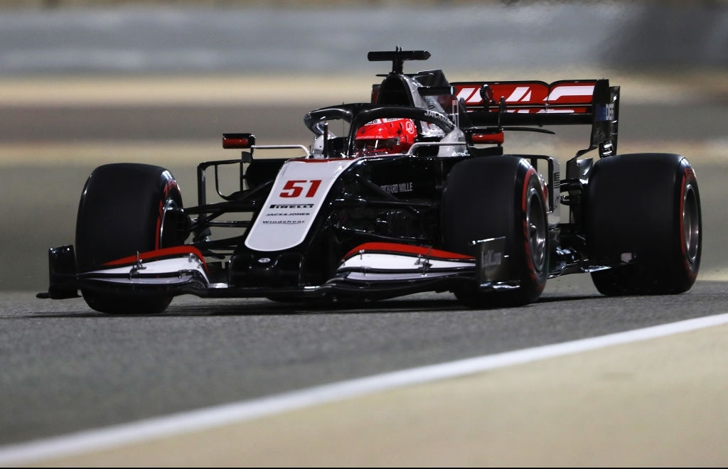Pietro Fittipaldi driving for Haas in the Sakhir Grand Prix in 2020.