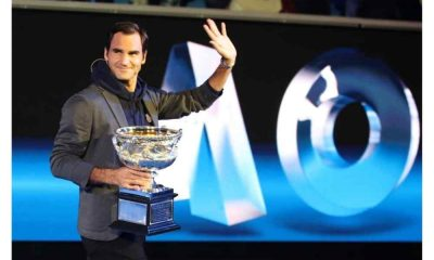 Roger Federer (SUI) claims US Open Title, defeating Andre Agassi (USA) in the final 6-3, 2-6, 7-6 9(1), 6-1 at Arthur Ashe Stadium in Flushing, New York on September 11, 2005.