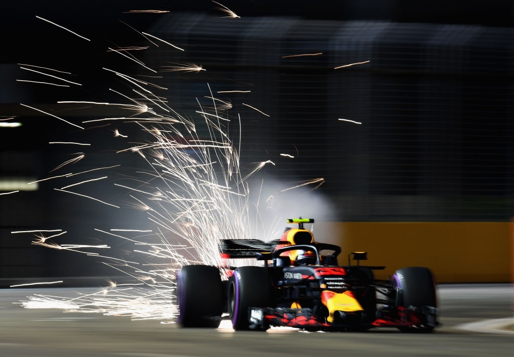 Sparks fly behind Max Verstappen at the Qualis of the Bahrain Grand Prix