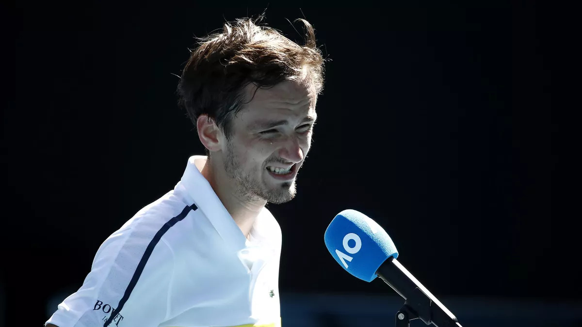 Danill Medvedev explained his behaviour in the third round of the Australian Open 2021.