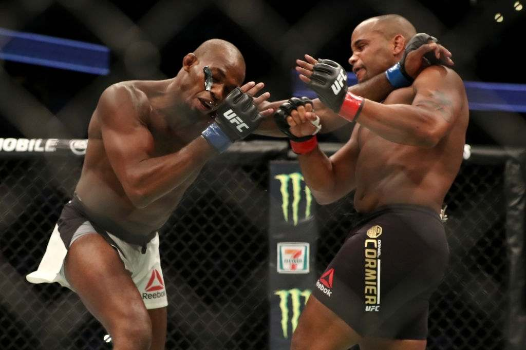 Daniel Cormier vs Jon Jones at UFC 214
