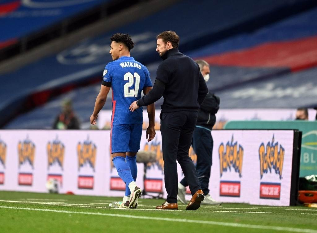 Ollie Watkins of England speaks with Gareth Southgate (Photo by Michael Regan - The FA/The FA via Getty Images)