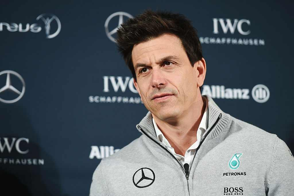 Toto Wolff raises his voice against the policies of the reverse grid and an early engine freeze for the 2022 season.