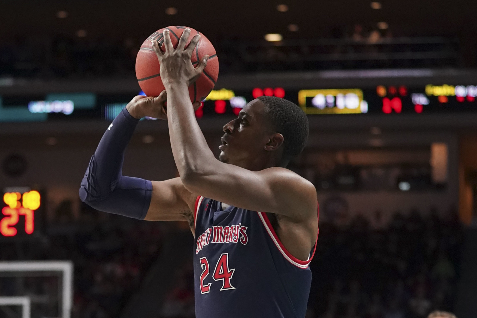 Saint Mary's Gaels forward Malik Fitts (24) shoots the basketball against the BYU Cougars
