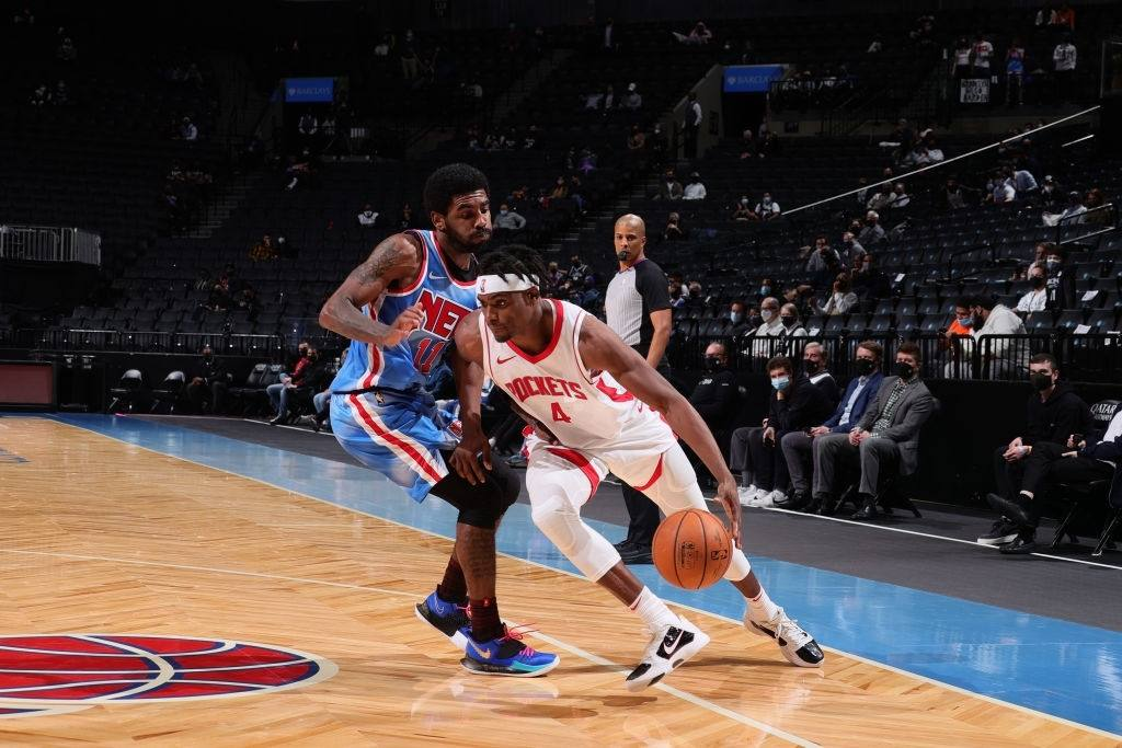 Danuel House Jr. #4 of the Houston Rockets drives to the basket during the game against the Brooklyn Nets