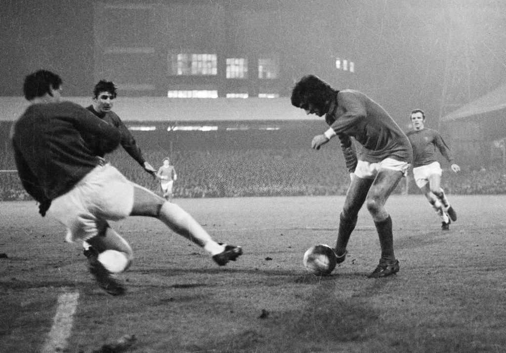 Manchester United's George Best on the ball (Photo by Popperfoto via Getty Images/Getty Images)