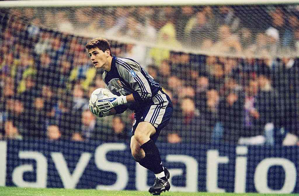 Real Madrid goalkeeper Iker Casillas catches the ball