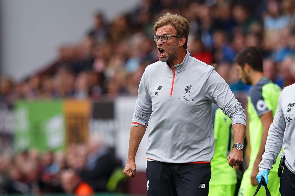 Jurgen Klopp manager / head coach of Liverpool FC angry on the touchline (Photo by Robbie Jay Barratt - AMA/Getty Images)