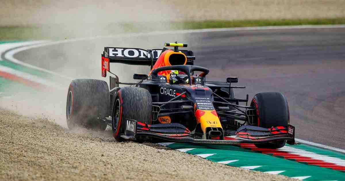 Sergio Perez of Red Bull Racing spins out and rejoins again at P12 in the Emilia Romagna Grand Prix on April 18, 2021.