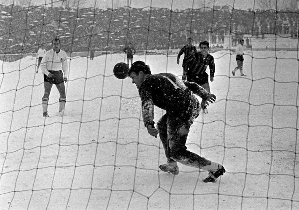 Bayern's keeper Sepp Maier in action