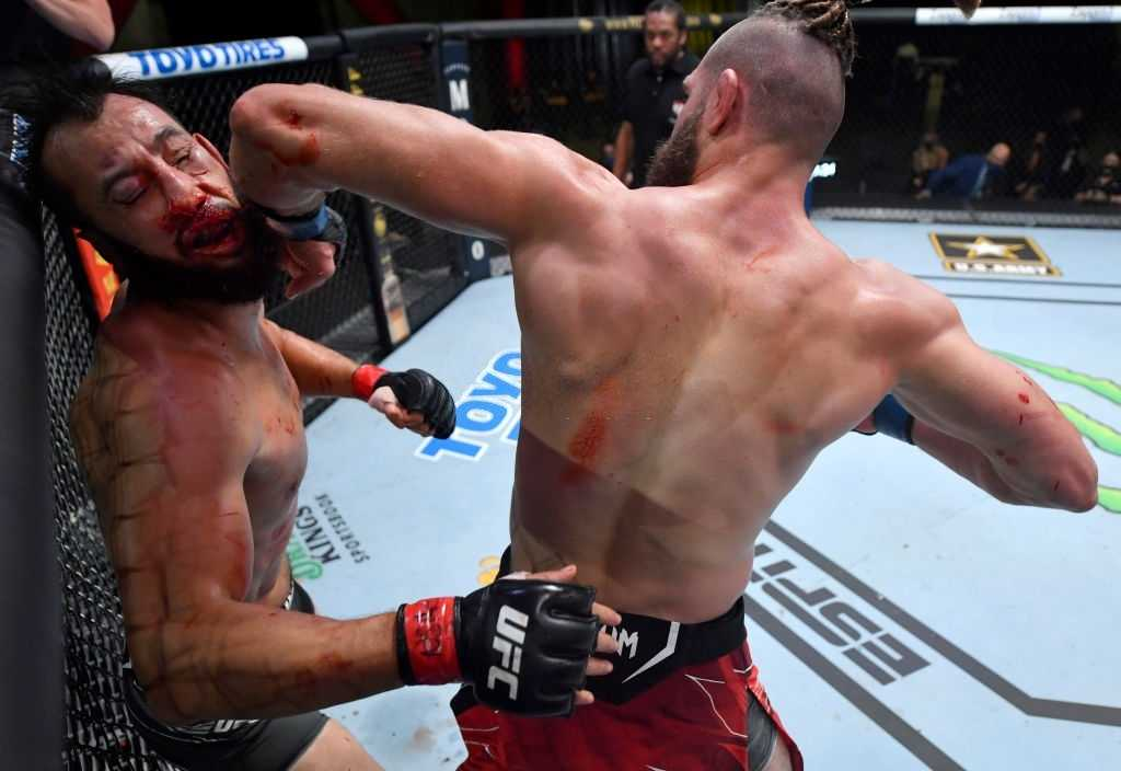 Jiri Prochazka of the Czech Republic knocks out Dominick Reyes in a light heavyweight bout during the UFC Fight Night event at UFC APEX on May 01, 2021 in Las Vegas, Nevada.
