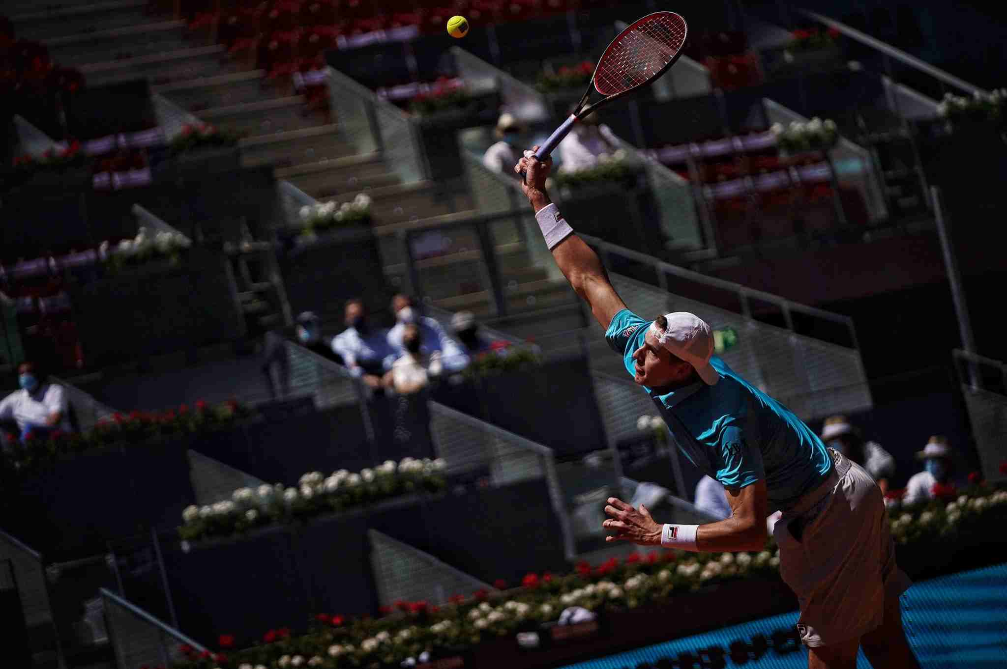 John Isner served 18 aces against Dominic Thiem in the quarter-finals of the 2021 Madrid Open.