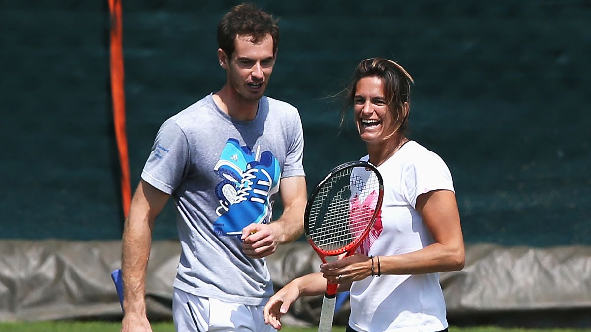 Andy Murray of Great Britain with his female coach Amélie Mauresmo.