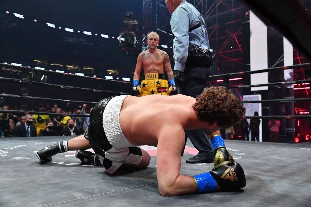 Jake Paul and Ben Askren face off in their cruiserweight bout.